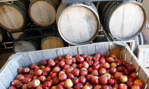 Winter Market, Beer, Chili, Cider, Wassail: Eastern Iowa food events