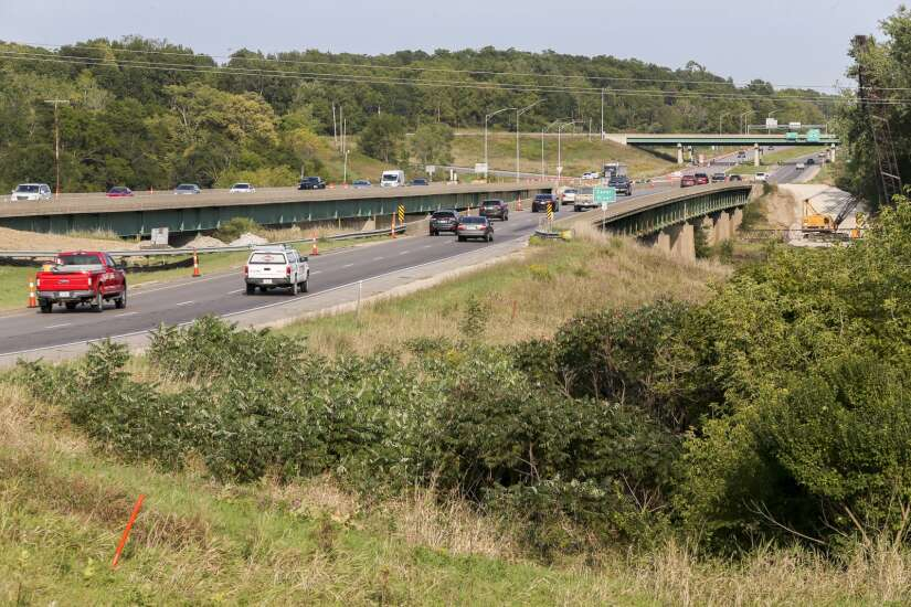 Highway 30 eastbound bridge over Cedar River to be replaced in 2022