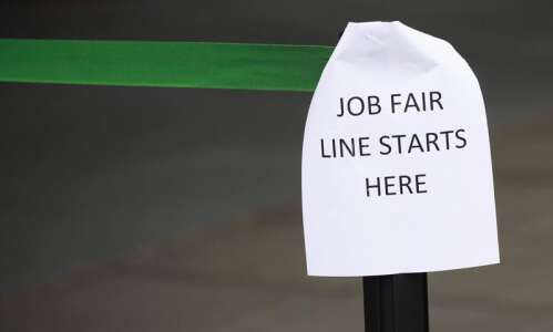 Nearly 25,000 more Iowans file unemployment claims