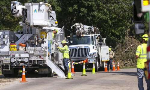 1,300 still without power in Linn County two weeks after…