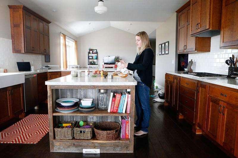 Ground Floor: Vinton business sheds light on nutrition