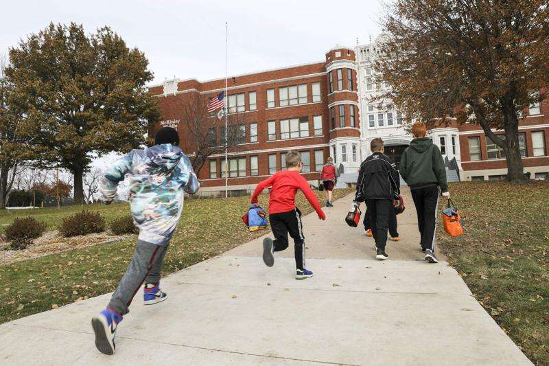 How to apply for Cedar Rapids magnet school lottery