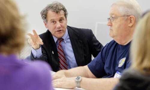 Iowa Senate race could determine control: Brown
