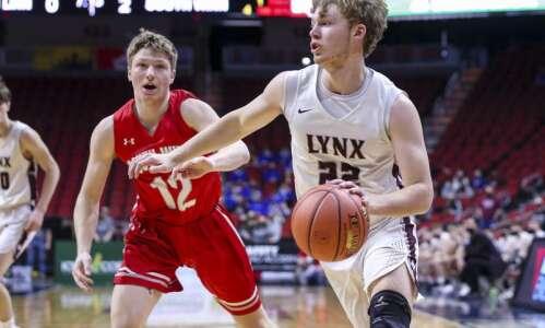 North Linn rolls in boys' state basketball opener, Dylan Kurt…
