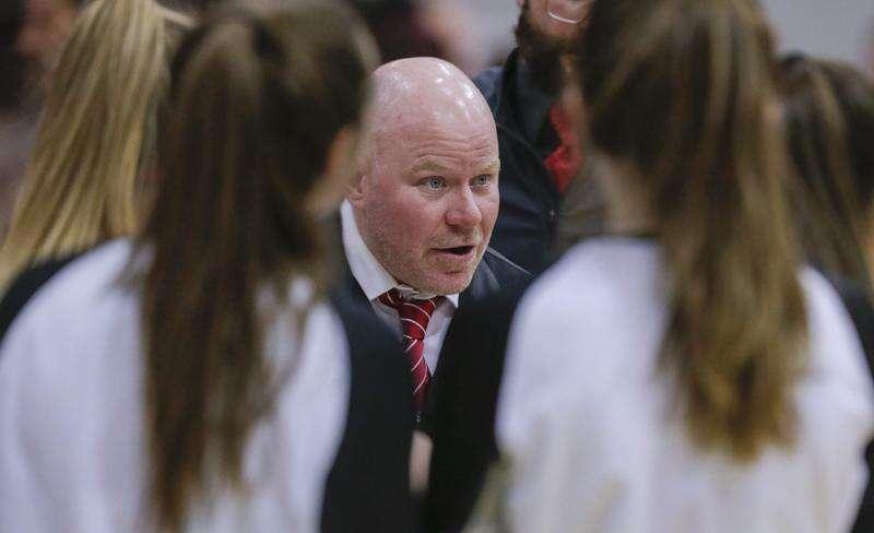 Mount Vernon turns to Nate Sanderson to turn its girls' basketball program around