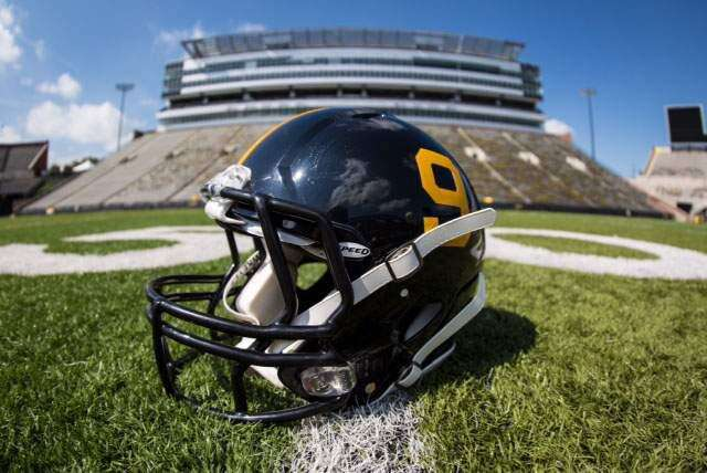 3 and Out: Ferentz deal good for Ferentz and Barta believes it's good for Iowa