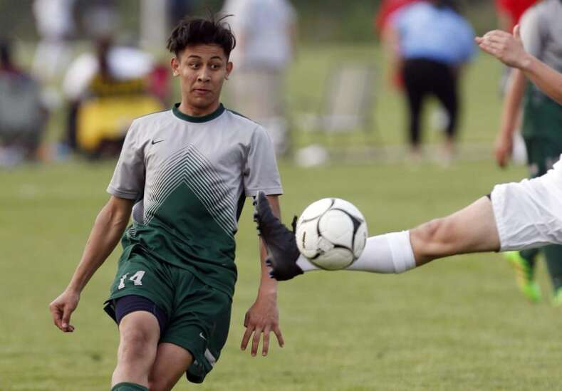 Iowa high school boys' state soccer: Saturday's scores and more