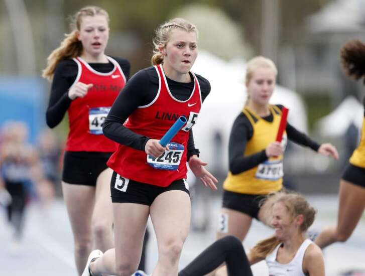 Iowa girls' track teams have questions after an idle 2020; Linn-Mar has some answers