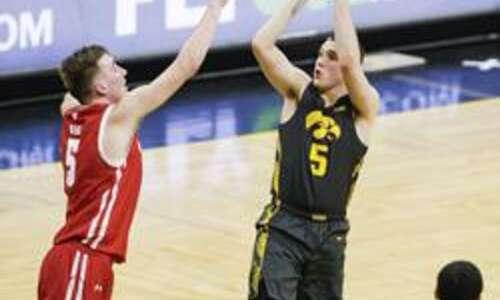 Iowa guard CJ Fredrick entering NCAA transfer portal