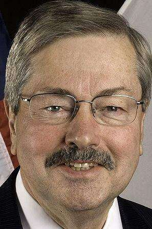 Gov. Terry Branstad, Hoefling square off in GOP primary