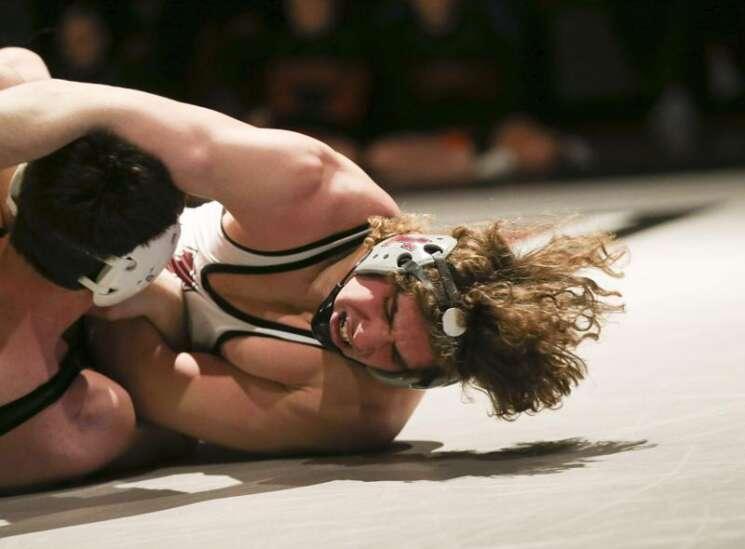 Photos: West Delaware vs. Independence, Iowa high school wrestling