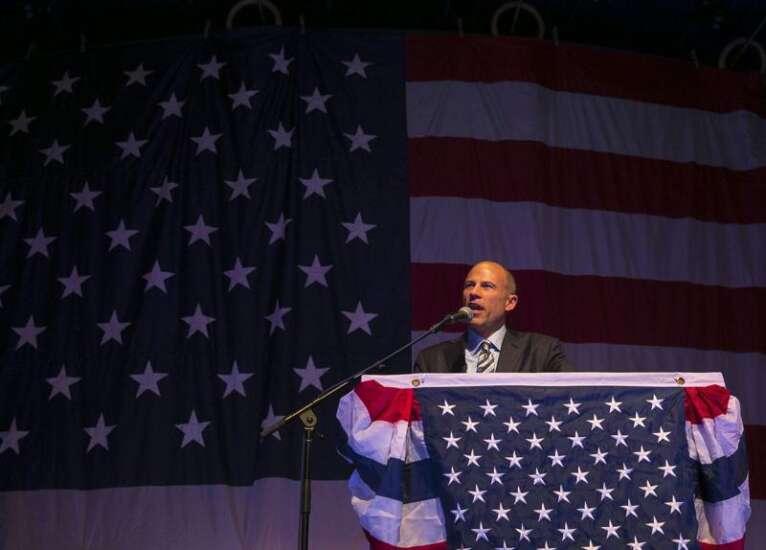 Avenatti a hit at Democratic fundraiser Iowa Wing Ding