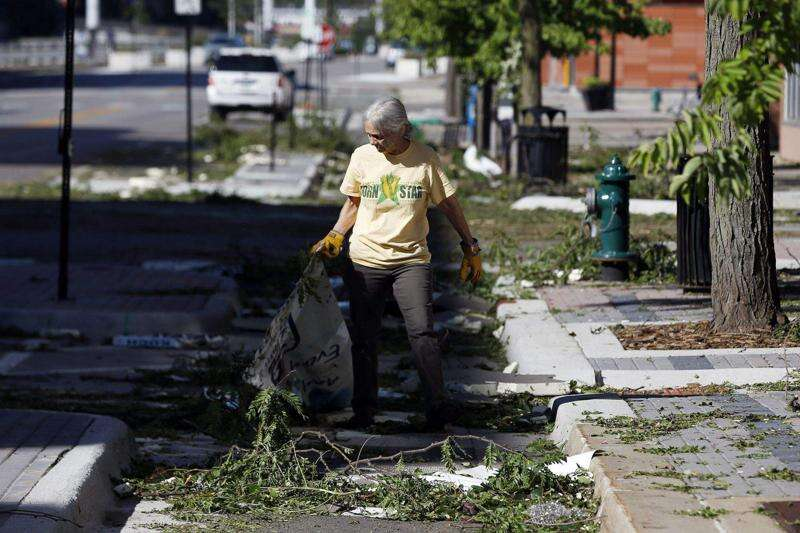 Here's what to do with tree debris in Cedar Rapids, Iowa City areas after the storm