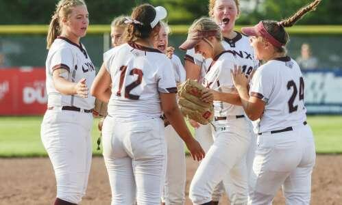 Photos: North Linn vs. Iowa City Regina state softball quarterfinals