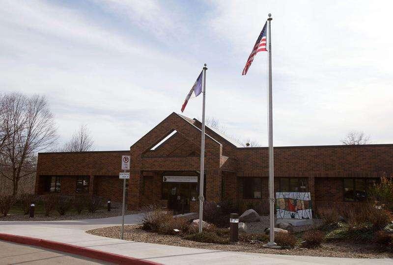 Iowa City schools moving online starting Monday