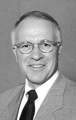 "Dean Borg, longtime host of ""Iowa Press' show, dies"
