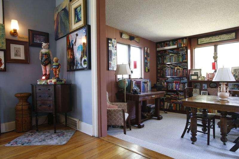 Assembling an artful home in Cedar Rapids