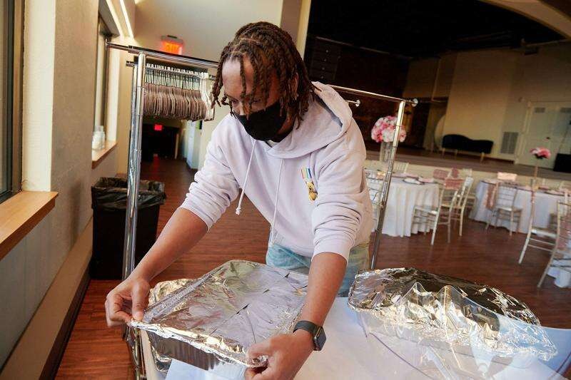 Cedar Rapids' 'BBQ Master DHam' plans to expand jerk barbecue catering business with food truck