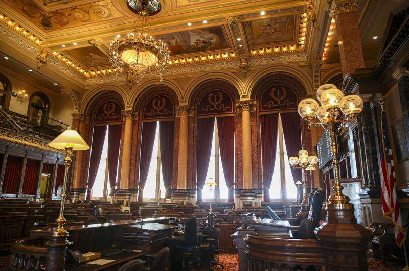 Bill that would reinstate limited death penalty advances in Iowa Senate