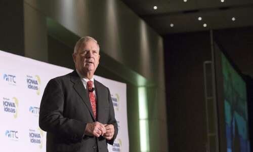 Former Gov. Vilsack challenges Iowans to create a zero-emission farming…