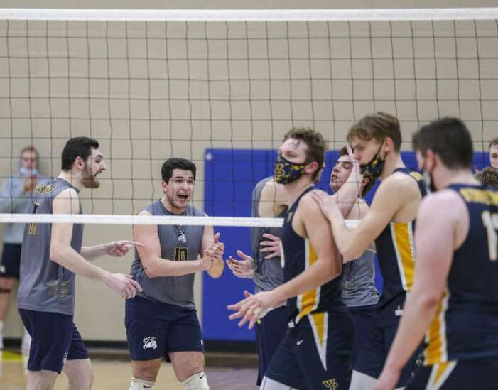 Photos: Mount Mercy men's volleyball vs. William Penn