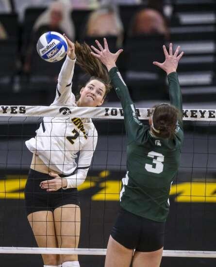 Photos: Iowa volleyball vs. Michigan State