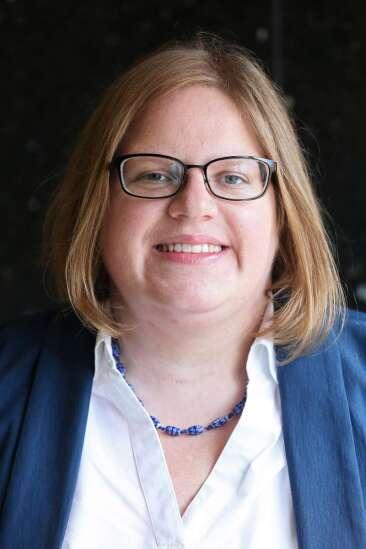 Cedar Rapids engineer Courtney Rowe joins 1st District Democratic race