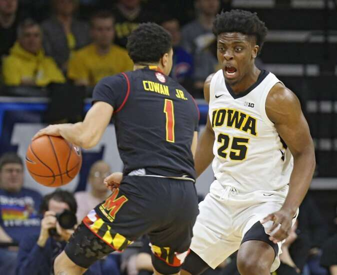 No beating the buzzer this time for Iowa basketball