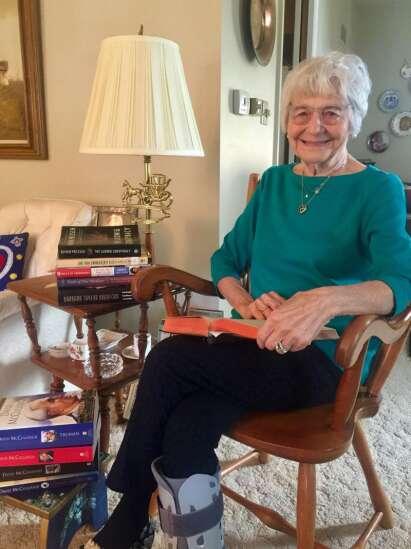 Everyday Heroes: Retired Cedar Rapids school librarian still spreading love of reading