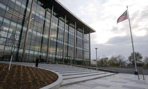 Cedar Rapids man sentenced to 19 years for meth trafficking