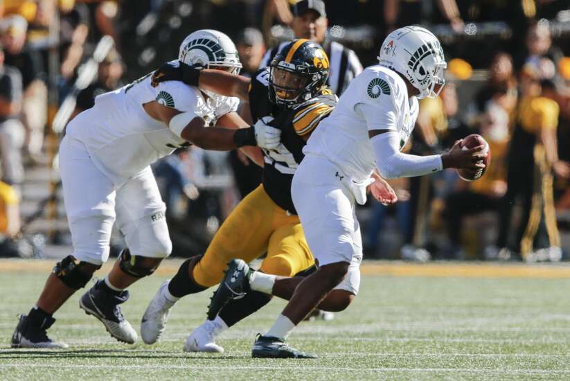 Iowa football film review: Todd Centeio's mobility gave Iowa defense new challenge