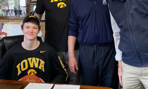 Iowa basketball recruit Riley Mulvey is big guy from big…