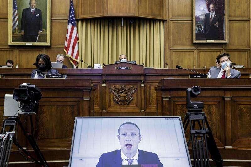 Iowa bill would punish Big Tech if it blocks conservatives on social media