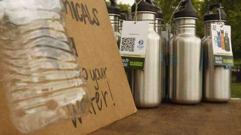 Iowa colleges pushing to cut use of bottled water