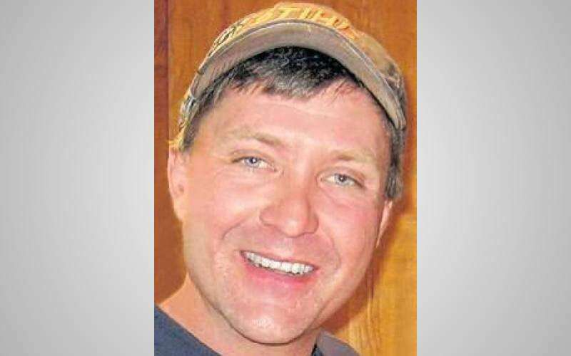Man who drowned while ice fishing remembered as loving brother and uncle