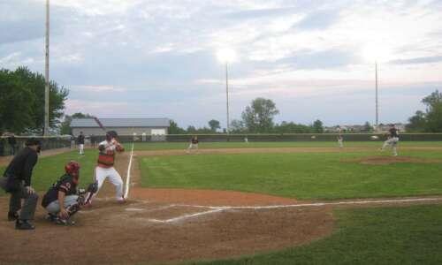 Pitcher Josh Strauss, timely hitting launches Linn-Mar baseball into Metro…