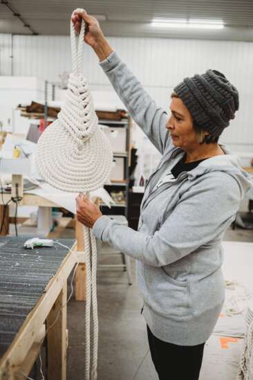 Candice Luter Designs builds up her home decor business, with help in a time of need