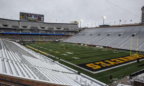 Iowa football expects to host fans at Kinnick Stadium in…