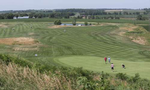 Solon golf course to add housing following ownership change