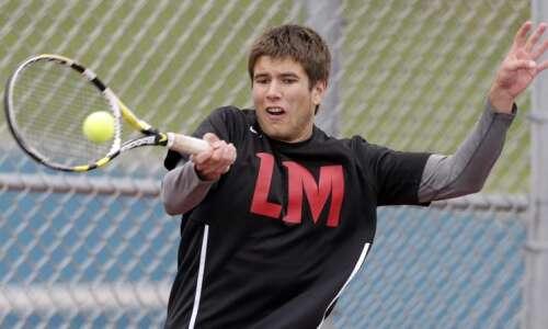 Linn-Mar tennis takes back MVC Valley Division crown