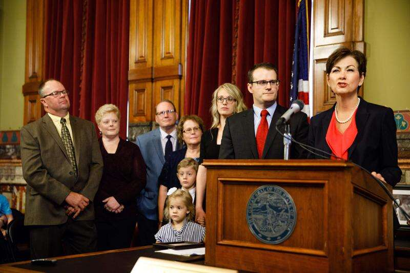 Iowa child welfare system under review by lawmakers