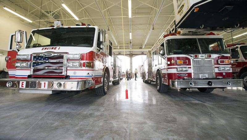 Victim not found at scene of fiery rollover crash on I-380 near Cedar Rapids