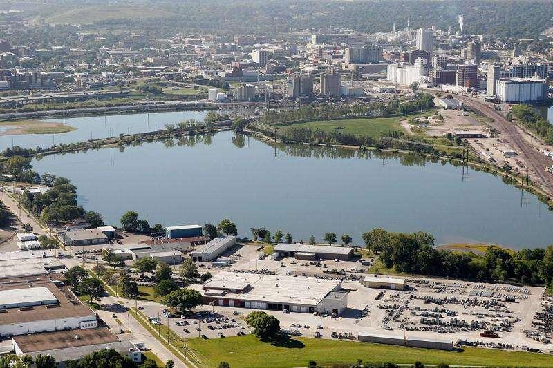 City seeks EPA study of Cedar Lake sediment