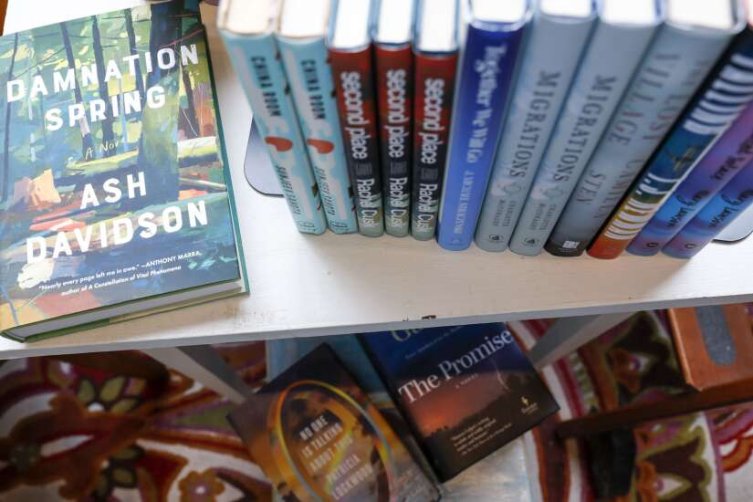 Books shortage could hurt holiday sales