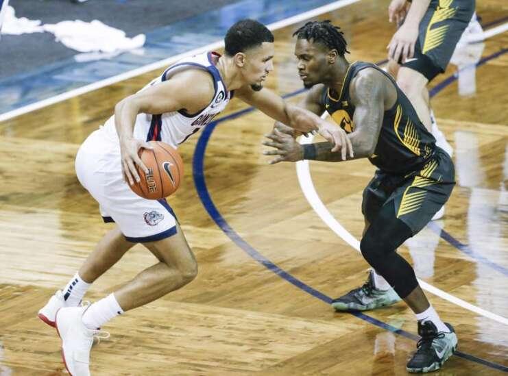 Iowa basketball failed by shooting, rebounding, defense in 99-88 loss to No. 1 Gonzaga