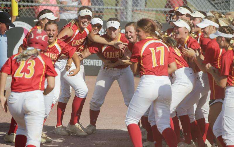 Kennedy Preston's 8th-inning home run sends Carlisle past West Delaware in state softball semifinals