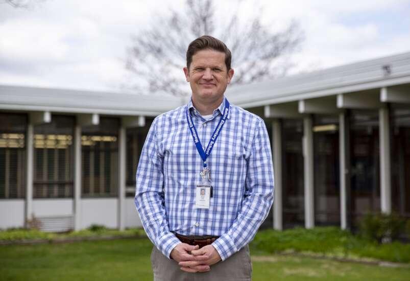 Cedar Rapids Virtual Academy expands to all K-12 grades, hires its first principal