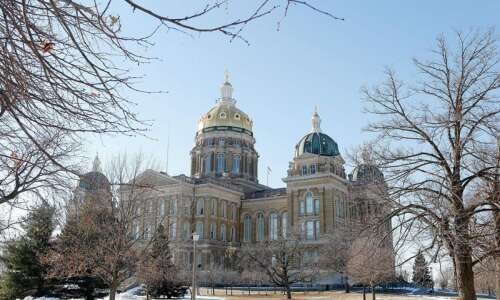 Person tests positive after visiting Iowa Capitol