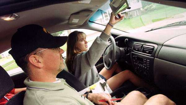 Iowa law change would allow parents to teach their children to drive