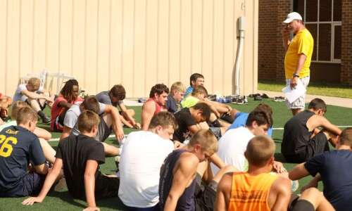 Iowa high school football 2021: Class A area district picks